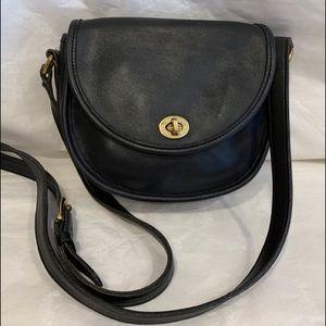 Coach vintage leather Watson 9981 black crossbody.